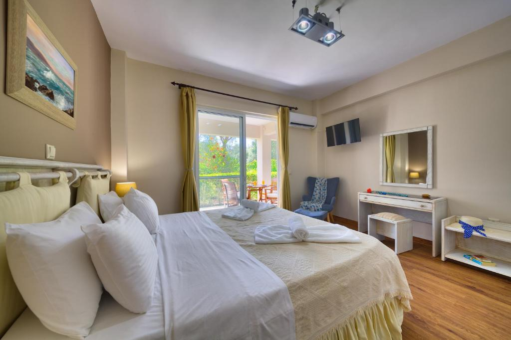 Family Suite with Garden View