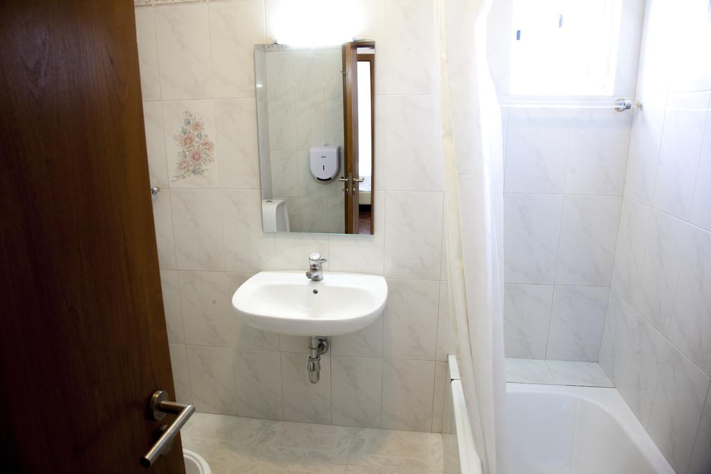 Double Room with External Private Bathroom