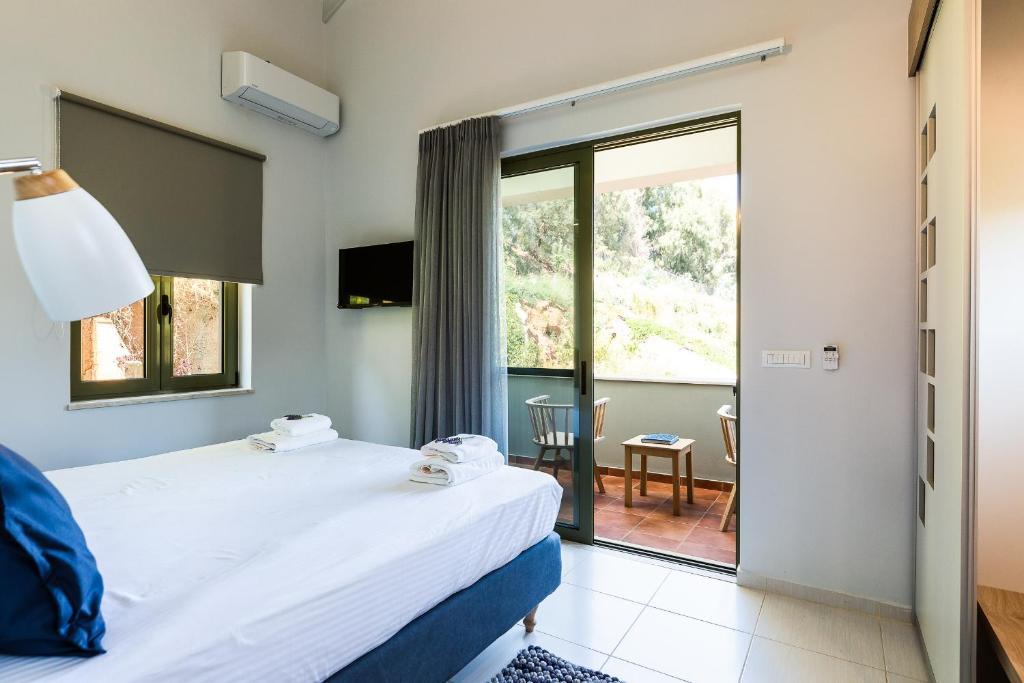Villa with Private Pool - Erato