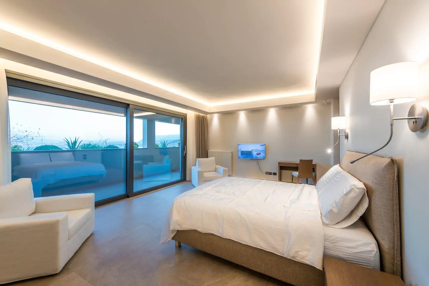 Villa With six bedroom